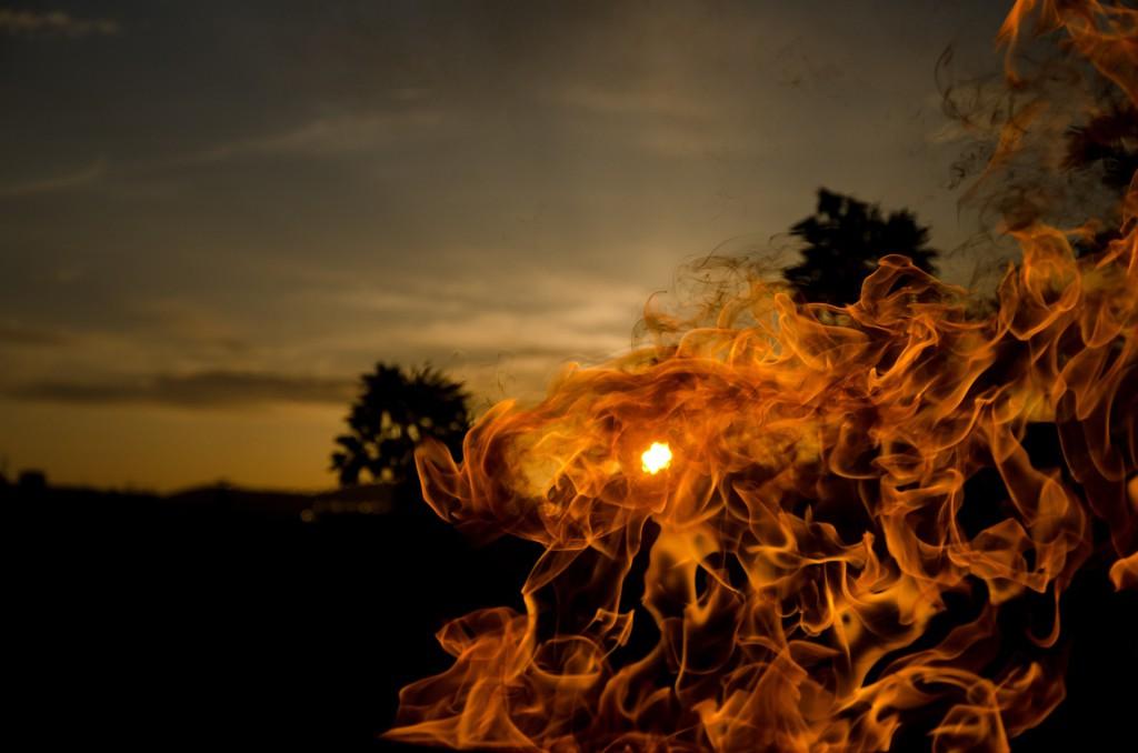 fire-689422_1920